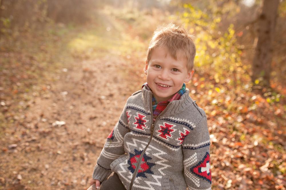 outdoor family boy fall colours