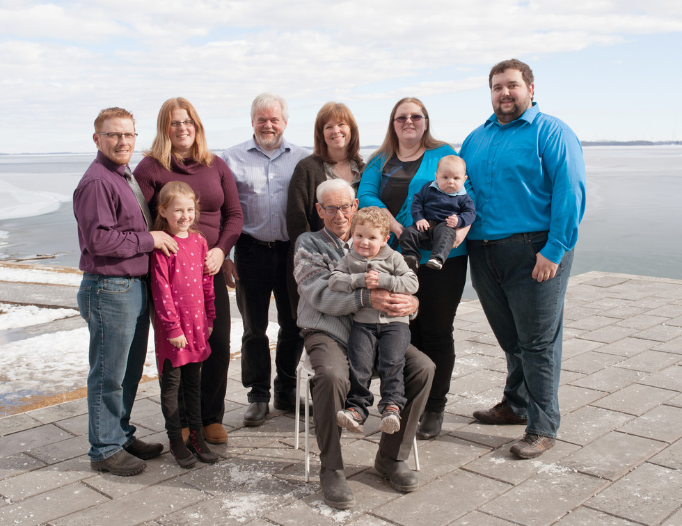 extended family large family outdoor on location on site
