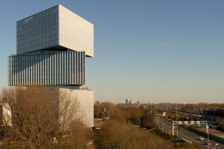 Nhow Amsterdam RAI Hotel / OMA / Reinier de Graaf, Rem Koolhaas