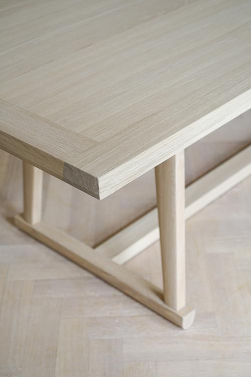 Bespoke table white oak