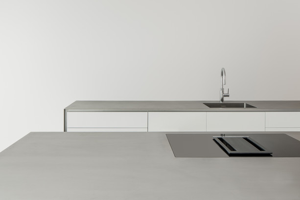 Kitchen in steel and white _ Amsterdam N