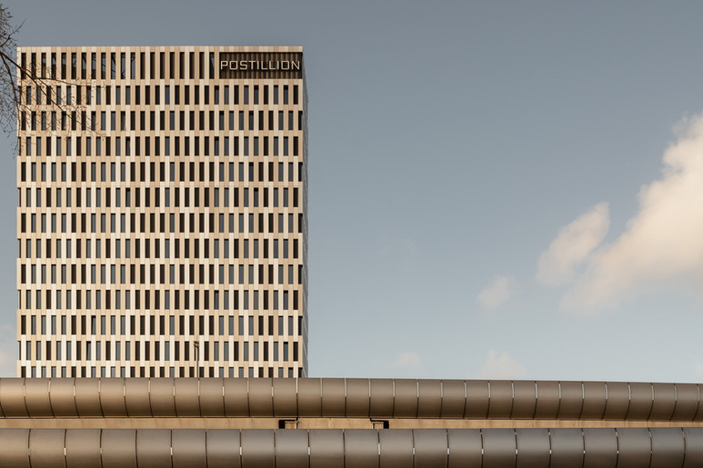 Postillion-Hotel-Concrete-Architecten-Ju