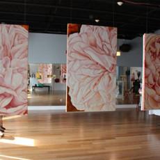 TARA KRAUSE Cultivo una rosa blanca, 2014 show