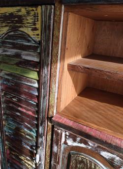 ארון מעץ ממוחזר 4- מעצבע