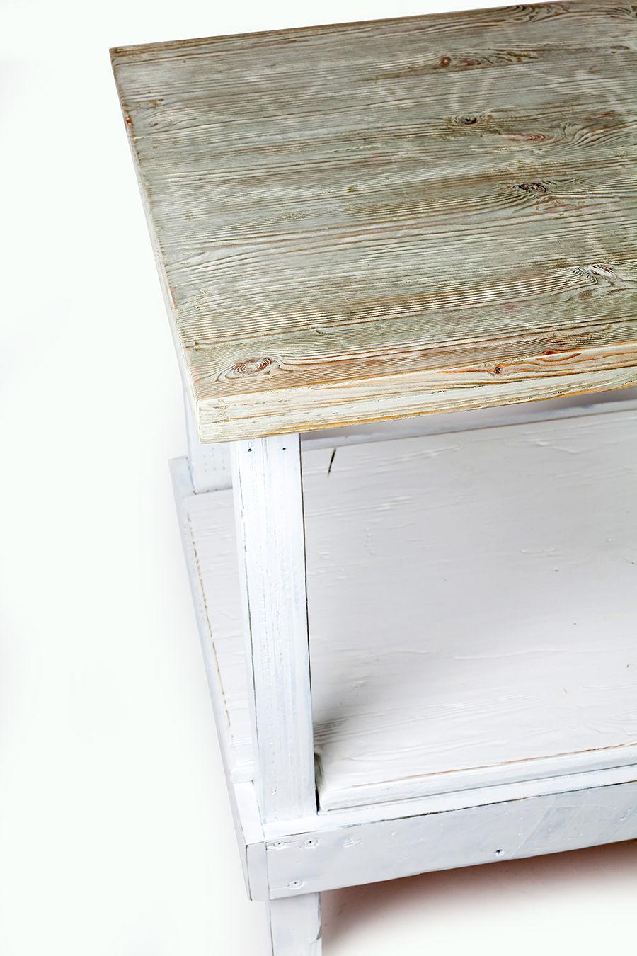 שולחן וינטג' קטן - מעצבע 1