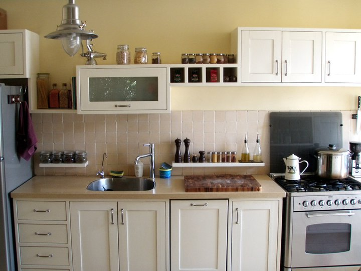 מעצבע -  צביעת מטבח עיצוב כפרי