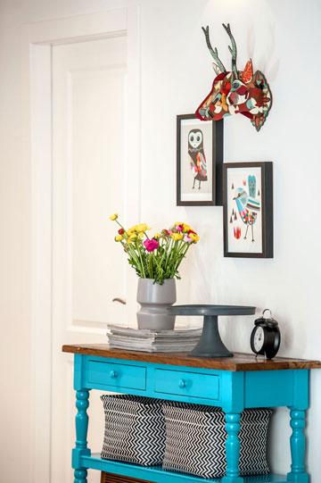 קונסולה מחודשת בצבע בתנור - מעצבע