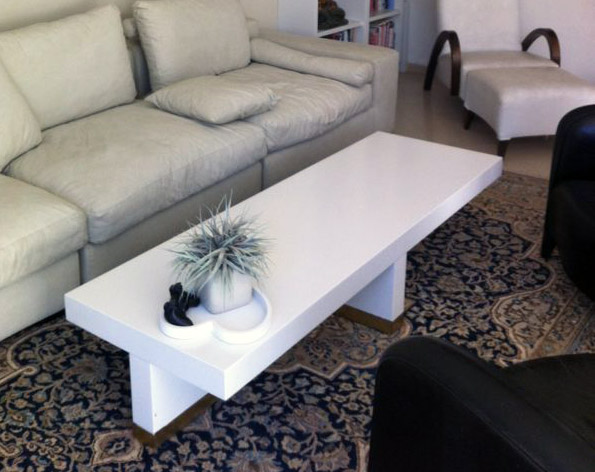 שולחן סלוני באפוקסי לבן