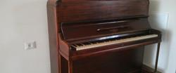 פסנתר מחודש - מעצבע