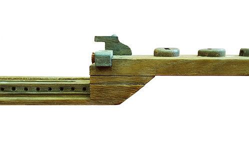 מדף צר לפריטים דקורטיביים מעץ ממוחזר
