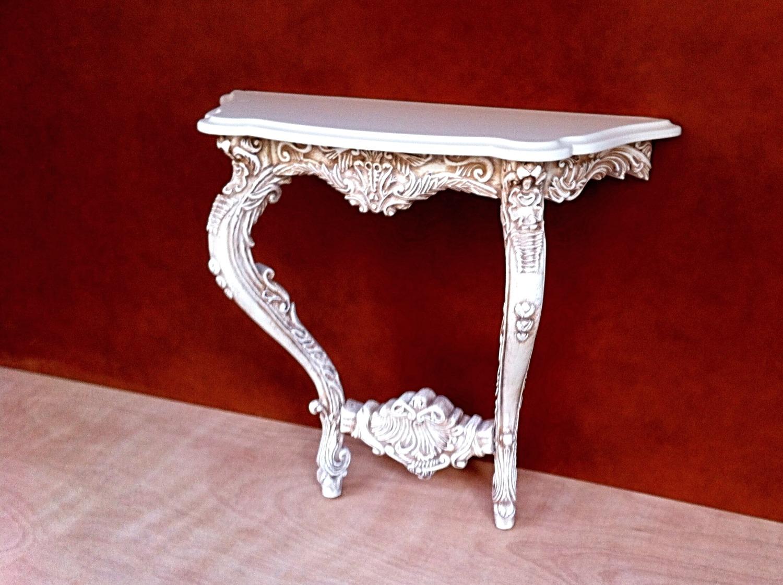 שולחן צד - מעצבע