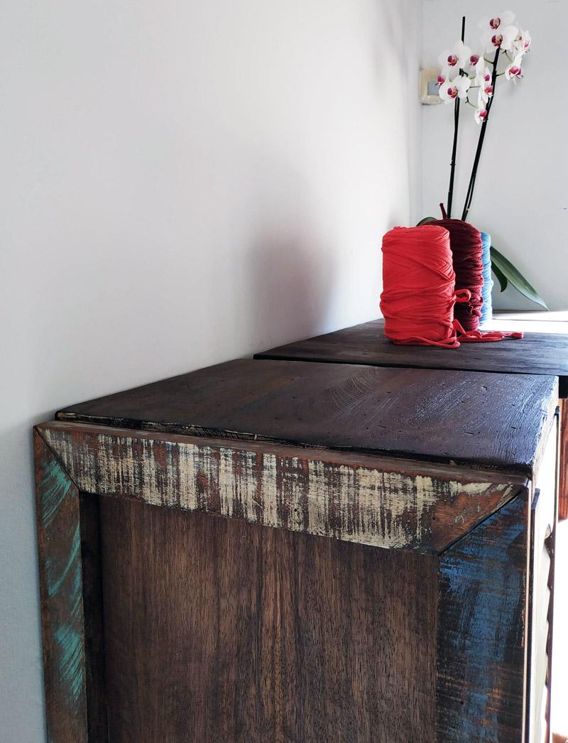 ארון מעץ ממוחזר 1 - מעצבע