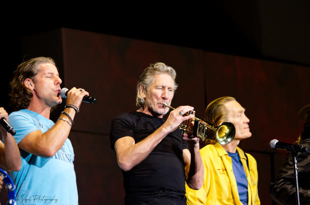 Roger Waters15.