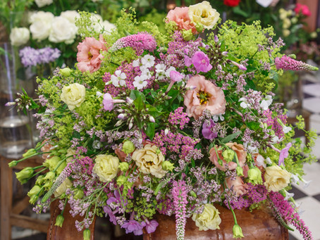 Découvrez la nouvelle collection de bouquets d'été : le voyage à Prague.