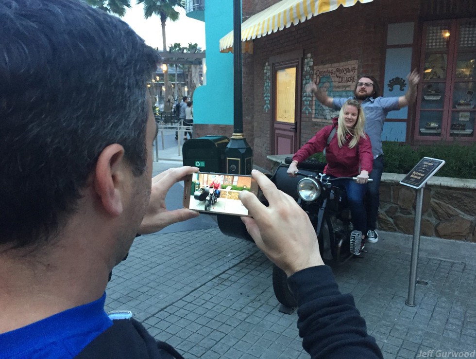 Pictures of People Taking Pictures of People 16