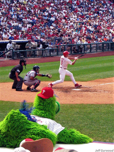 Philly Sports Pat Burrell and the Phanatic 2004