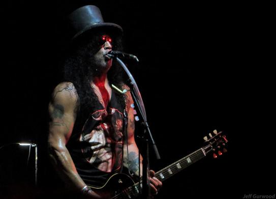 Guns N Roses 9-21-19 Palladium (3)