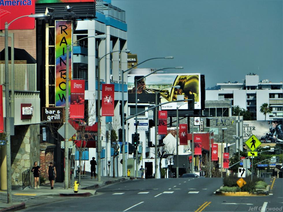Hollywood Quarantine 3-31-20 A Few Walk the Strip