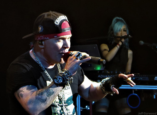 Guns N Roses 9-21-19 Palladium (11)