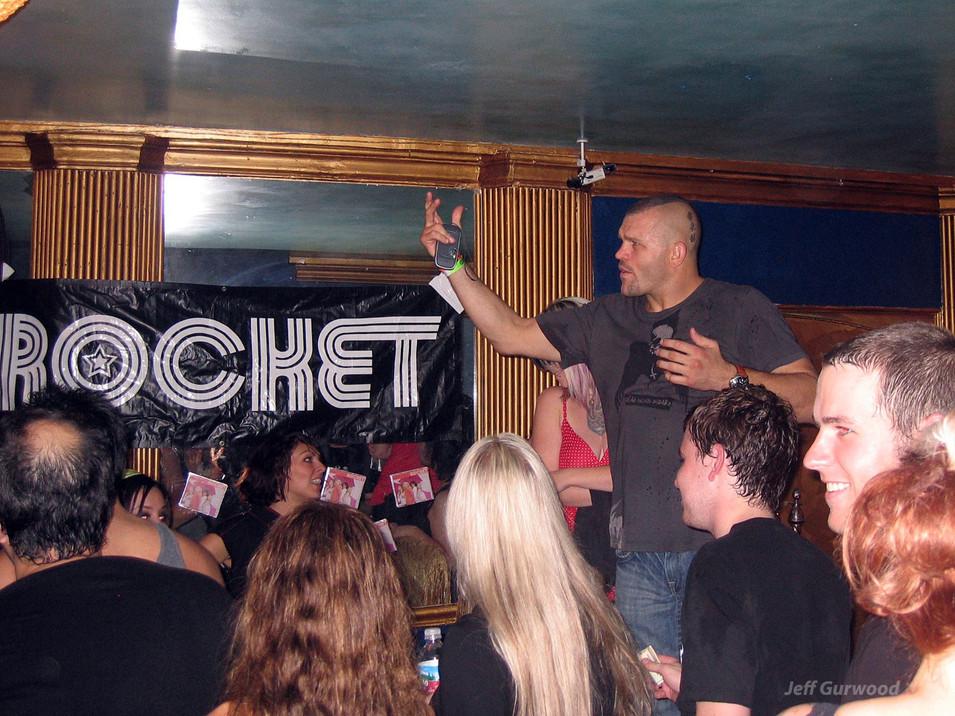 Chuck Liddell Yelling at Trolls at Rancid Show 2006