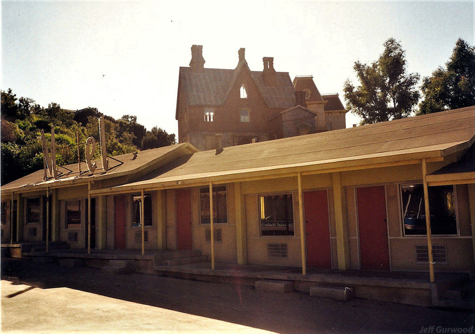 Psycho house 1998 1