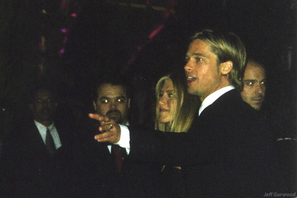 Brad Pitt and Jen Aniston Vanity Fair 2000