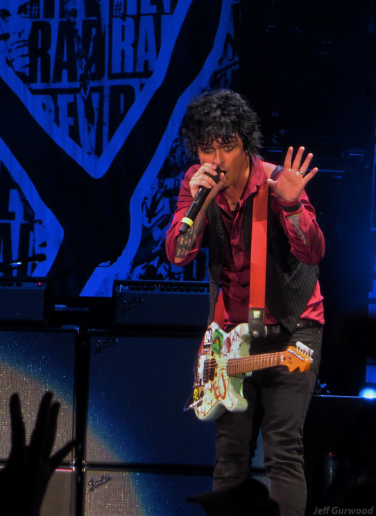 Green Day 8-6-17 Oakland Colesium (1)