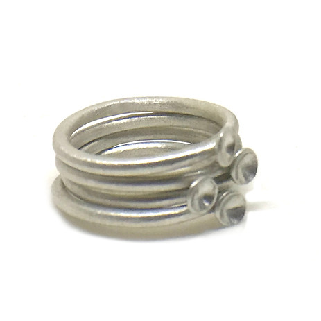 micro-concave rings