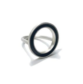 colgante concéntrico plano negro