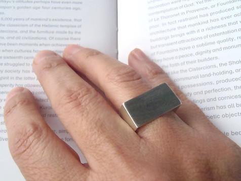 anillo U cuadrado-redondo
