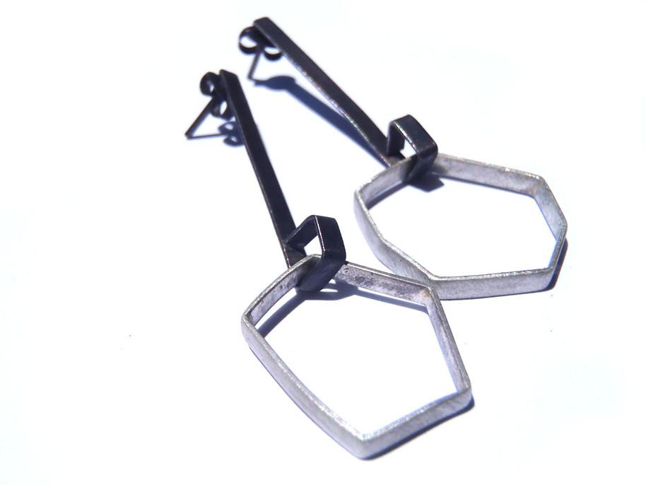 long hollow polygon earrings