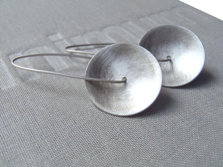 Concave earrings, minimal design!