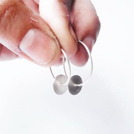 tiny hoop discs earrings