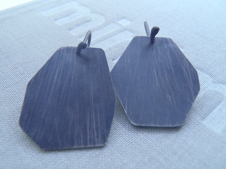 Medium dangle mismatched geometrical earrings!