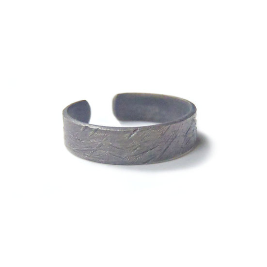 Open textured or plain toe ring!