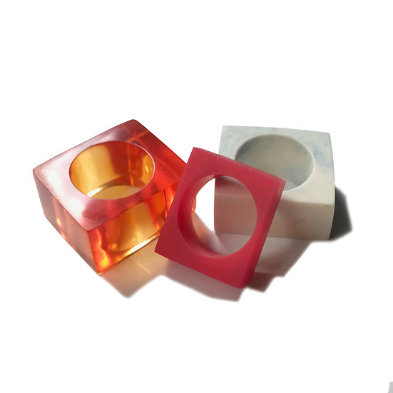 Rectangular resin rings Size 7