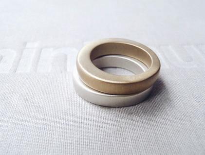 anillos sólidos gruesos mezcla metal