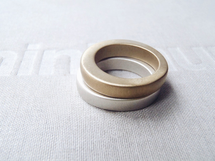 round irregular thick solid rings