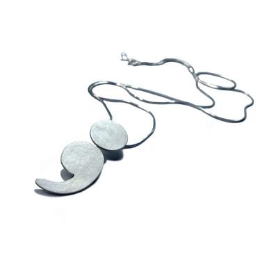 dot and comma pendant