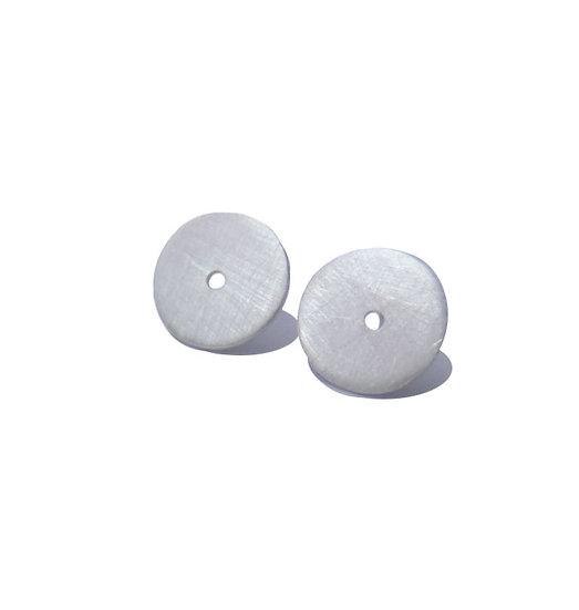 Micro aretes de disco concéntricos unisex en plata mate