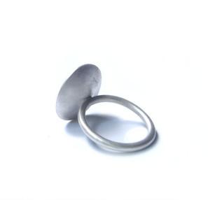 anillo sencillo cóncavo mate