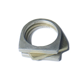 anillo apilable redondo-cuadrado mezcla de metales