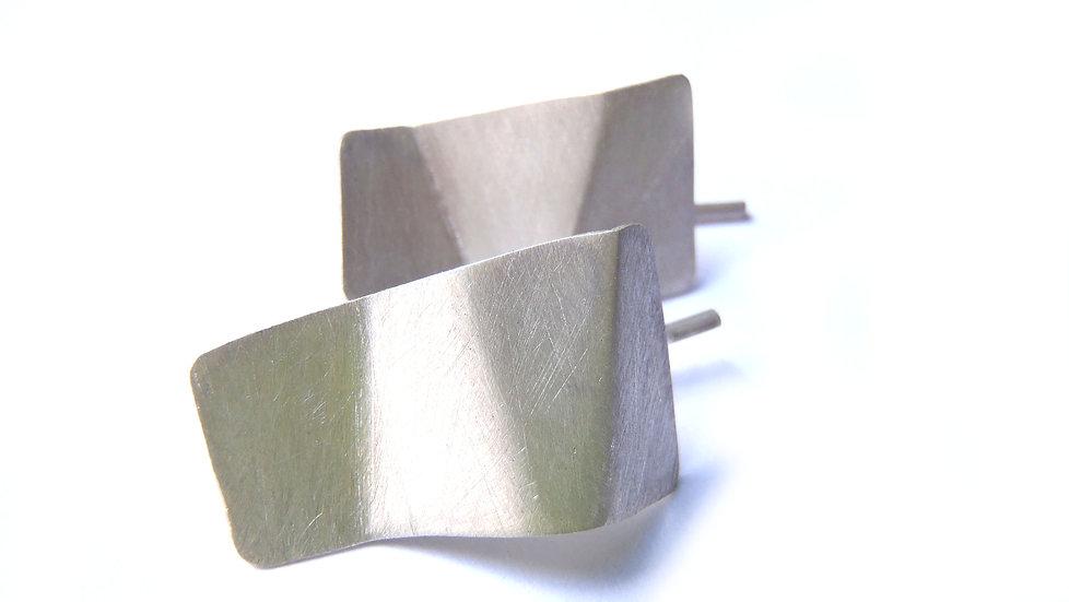 Medium origami earrings, minimal faceted!