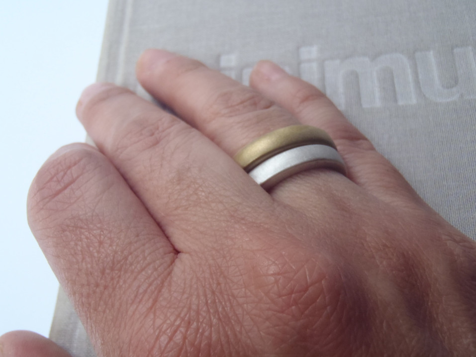 round irregular thick solid ring metal mix