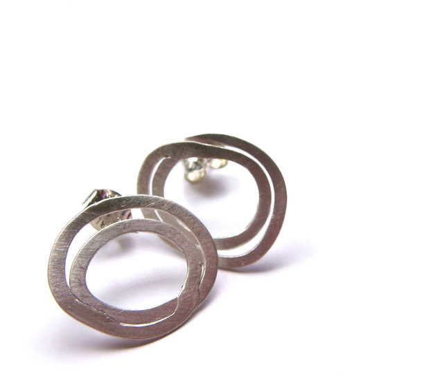 Double circles earrings extra slim minimal studs!