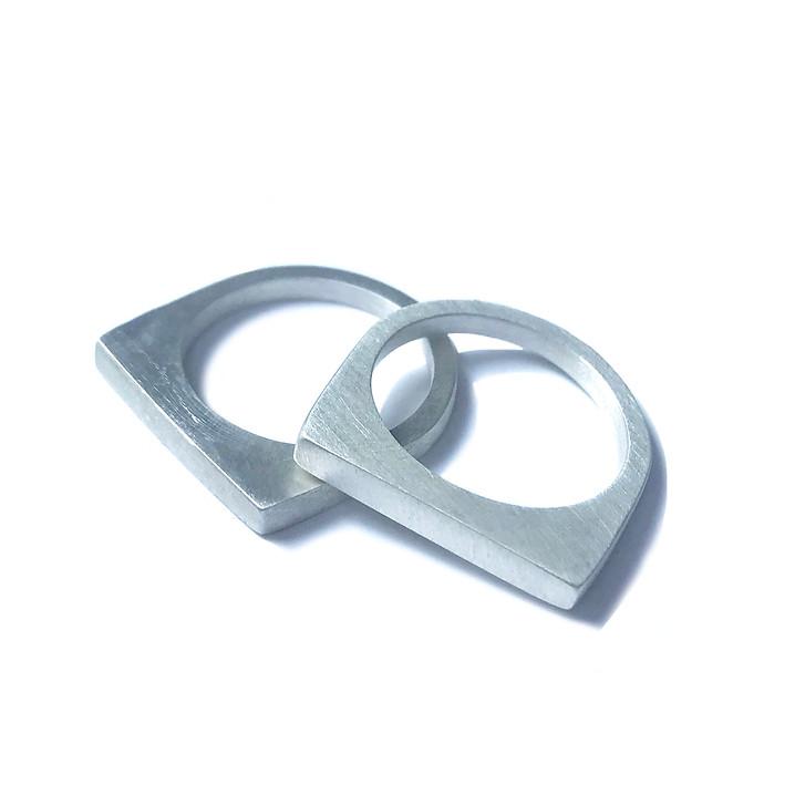 anillo apilable redondo-cuadrado