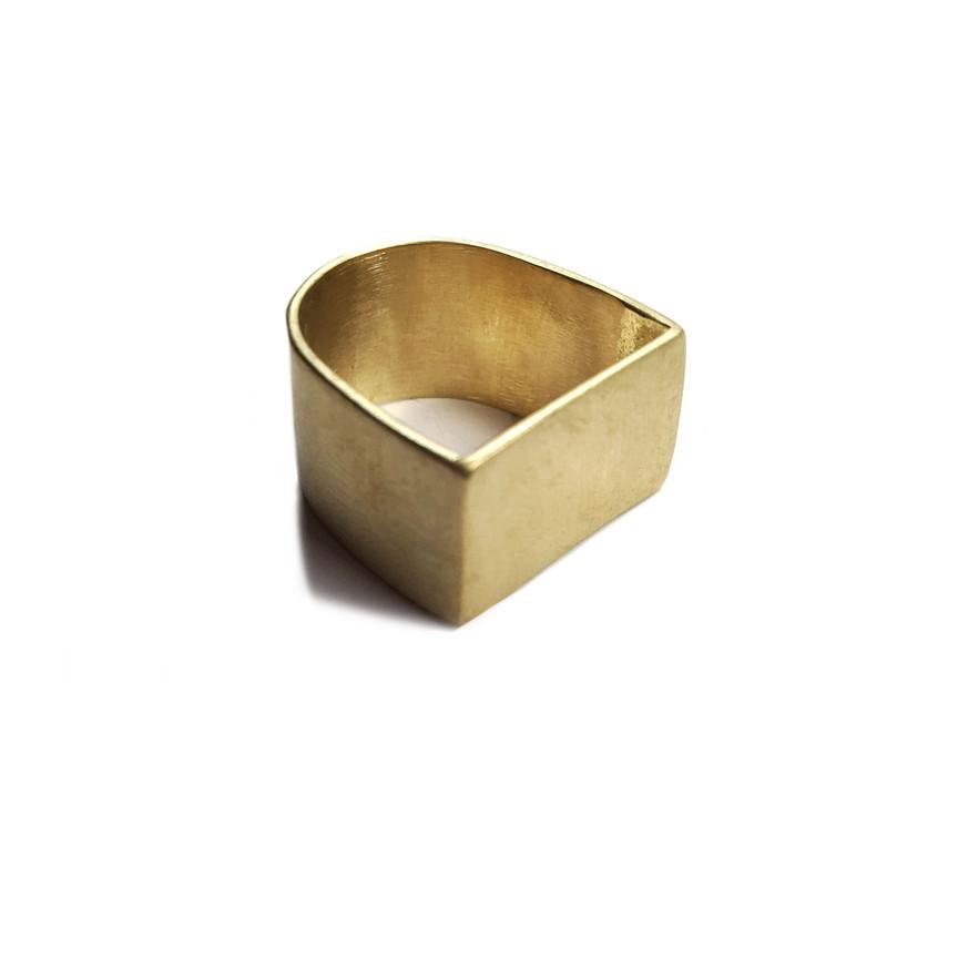 anillo U cuadrado-redondo ancho de latón