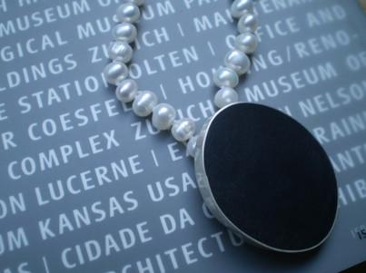 collar medallón