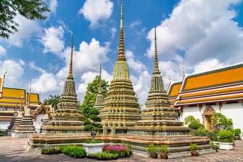 Wat Pong Bangkok.jpg