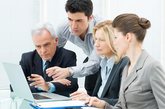 equipe_travaille_ensemble_comex_coaching